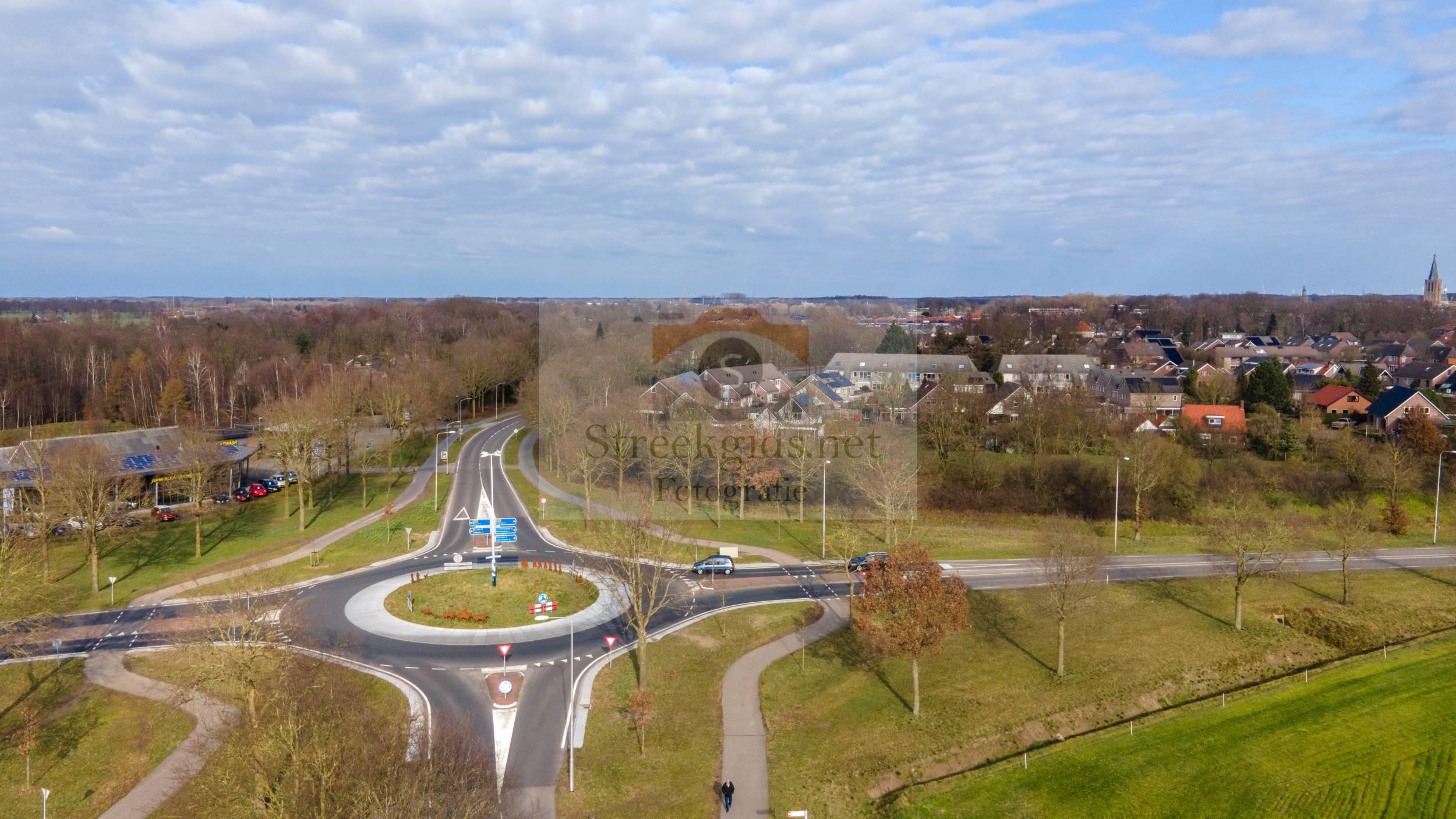Rotonde Rondweg / Ruurloseweg